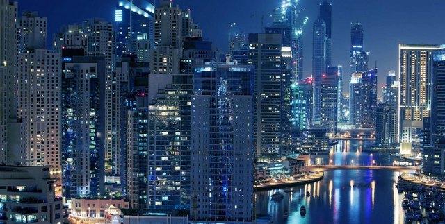 Бухта Dubai Marina – одна из крупнейших в мире рукотворных гаваней